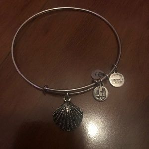 Seashell Alex and Ani